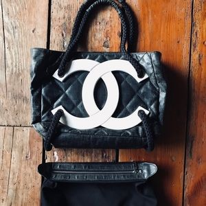 AUTH CHANEL RARE Quilted Purse bag huge CC LOGO